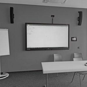 Lautsprecher in einem Besprechungsraum
